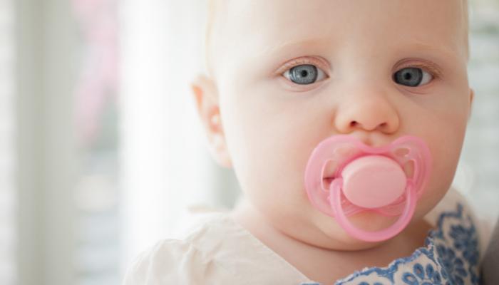 Mito o verdad: ¿el chupete dificulta el desarrollo del habla?