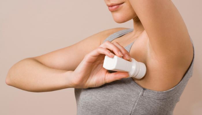 Mito o verdad: ¿el desodorante puede causar cáncer de mama?