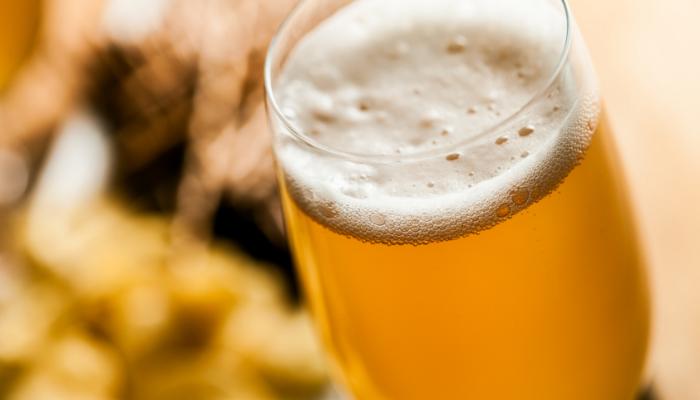 ¿Mito o verdad?: si toma antibióticos no puede ingerir bebidas alcohólicas