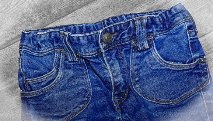 Mito o verdad: ¿los jeans muy apretados pueden producir flujo vaginal?