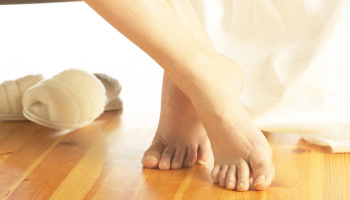 Mito o verdad: ¿Las piernas y los pies se hinchan cuando hace calor?