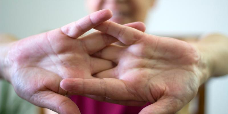 ¿Mito o verdad?: Hacer sonar las articulaciones causa artritis