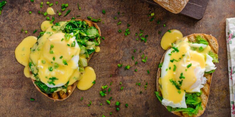 Receta de huevos benedictinos ligeros
