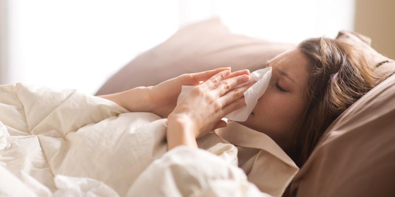 ¿Cómo cuidar al enfermo con el coronavirus en casa?
