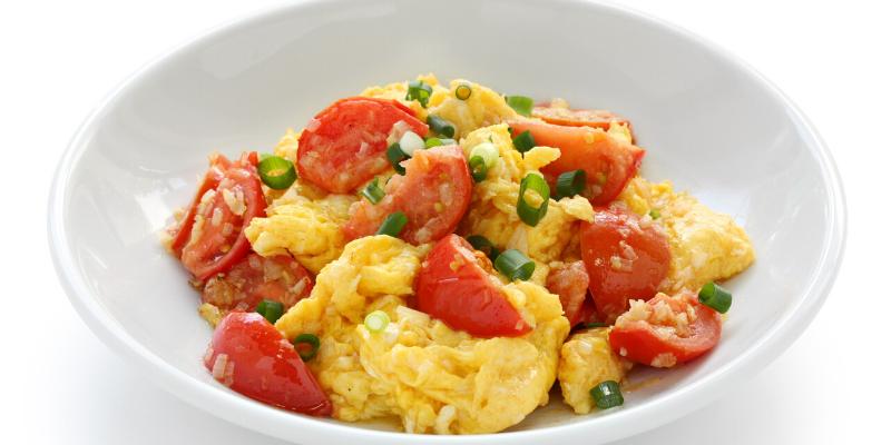 Receta: Revuelto de huevo con verduras