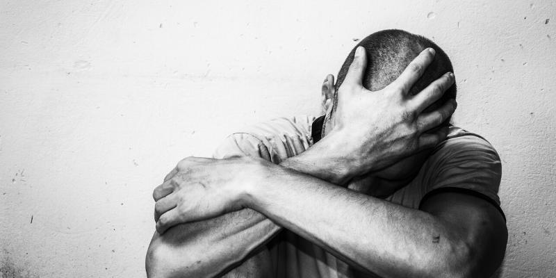 """¿Mito o verdad?: Solo cierto """"tipo"""" de personas se suicidan."""
