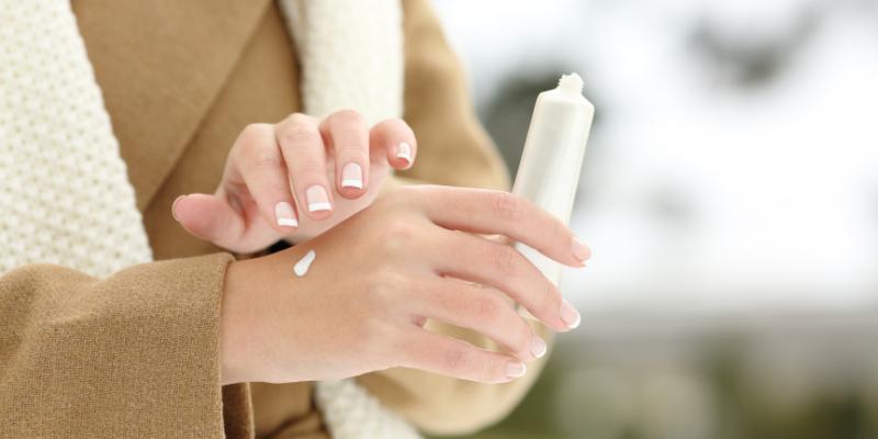 3 consejos para evitar que las manos se sequen y se agrieten